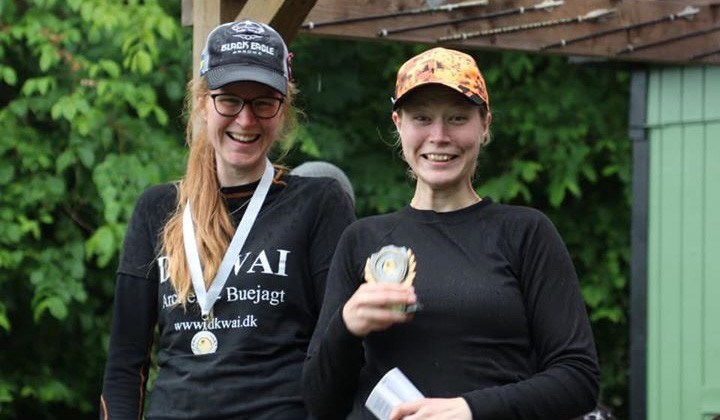 Pernille Olsen, til højre i billedet, vandt endnu et VM udtagelsesstævne. Foto:Eva Kristensen
