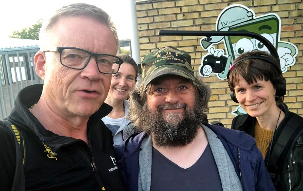 Anders Lund Madsen sammen med Jens Nielsen fra TV-Kalundborg ogTilde og Charlotte fra Eddy Media.
