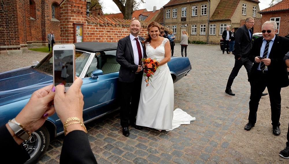 Annette Søborg Andersen og Brian Sønder Andersen efter vielsen i Vor Frue Kirke. Foto: Jens Nielsen