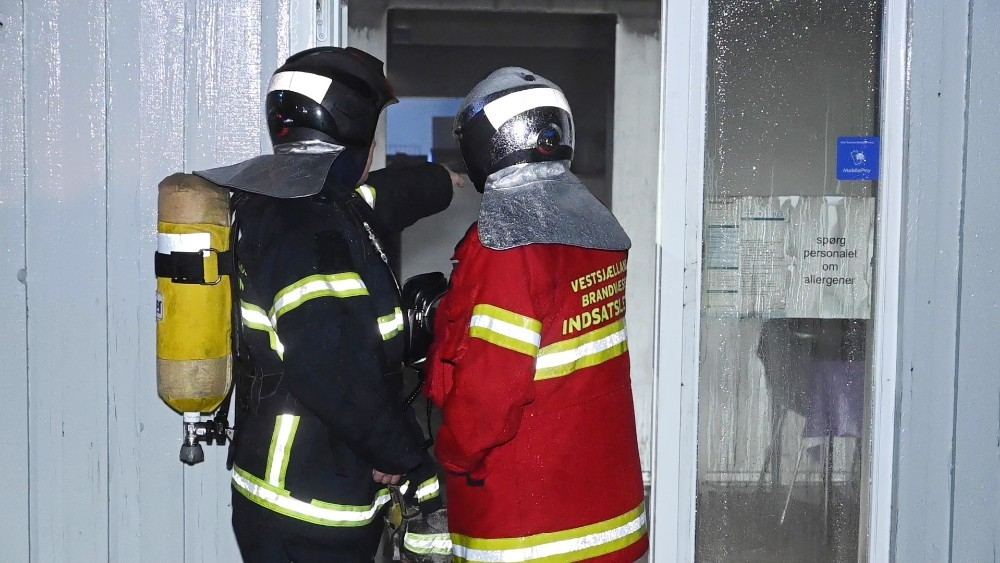 Selve branden i restauranten var ikke så voldsom, men der er store skader efter sod, røg og vand. Foto: Jens Nielsen
