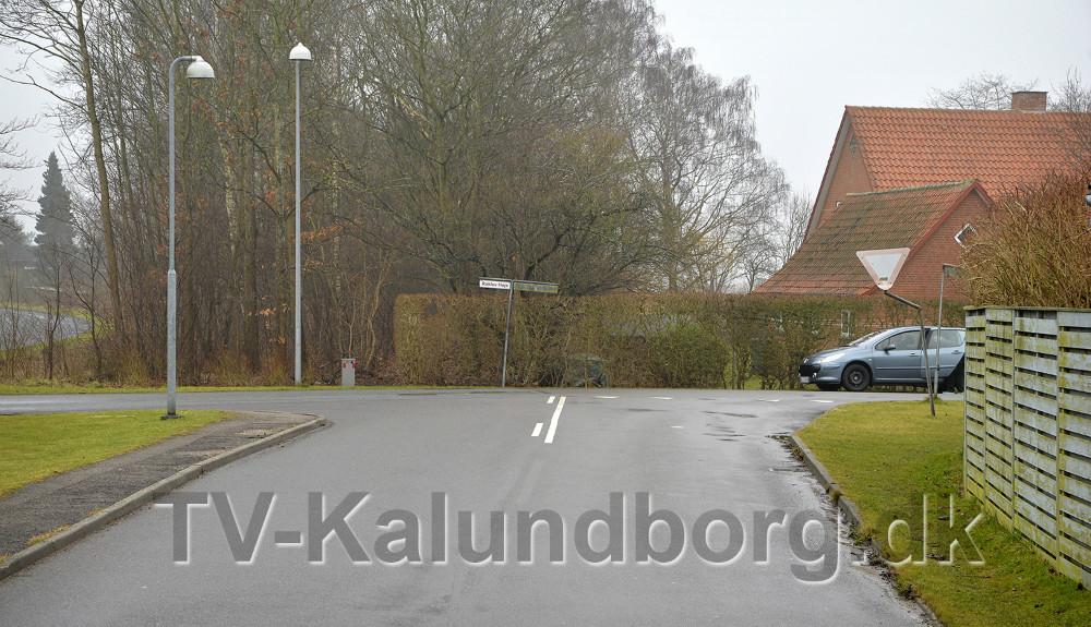 Menighedsrådsformanden frygter at den nye vej fra Herredsåsen munder lige ud i Raklev Skillevej. Foto: Jens Nielsen