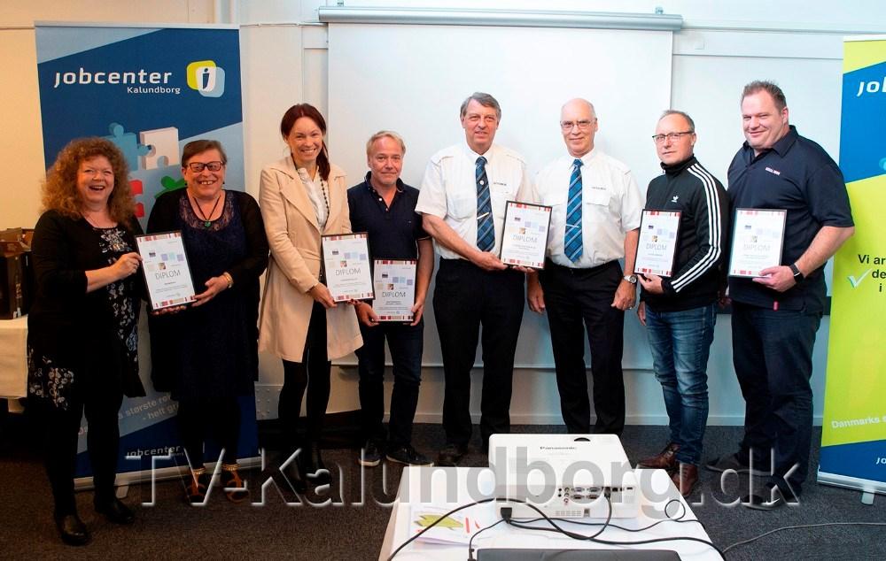 De prisvindende virksomheder som modtog CSR-prisen er,Skipperkroen, DitoBus Linjetrafik, Gaardhotellet, RøsNæsVærk, CSU - Kalundborg, og Rema 1000 Klosterparkvej. Foto: Jens Nielsen