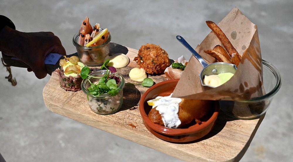 Café Dyrehøj serverer dejlig mad hele pinsen. Foto: Jens Nielsen