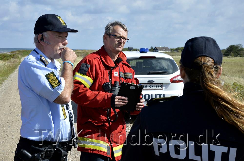 Politiets indsatsleder Steen Aarenstrup sammen med Jesper Christensen, indsatsleder ved Vestsjællands Brandvæsen. Foto: Jens Nielsen