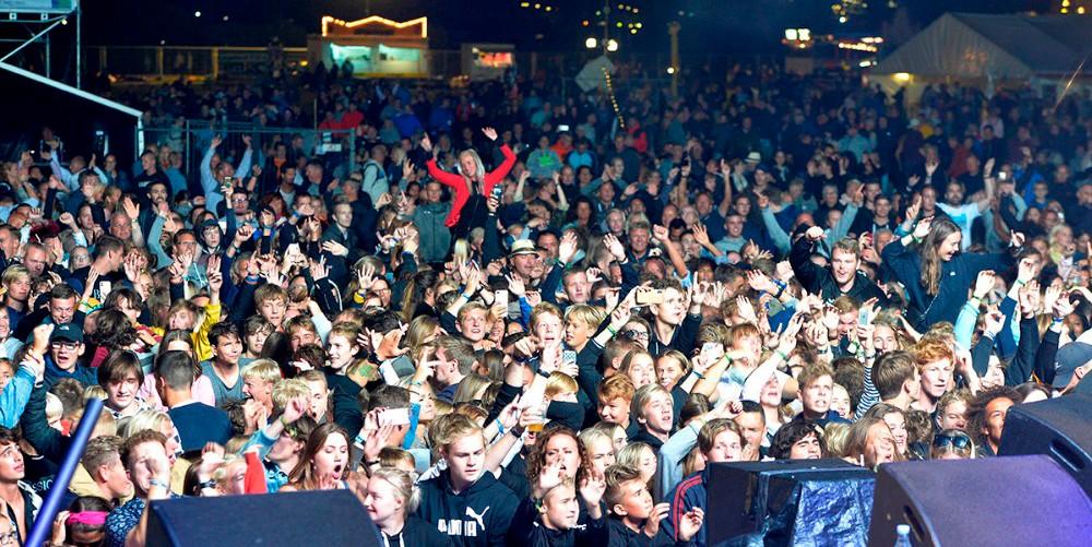 Rigtigt mange havde fundet vej til Kalundborg Rock´er 2018, men arrangørerne havde håbet på et større overskud. Foto: Jens Nielsen