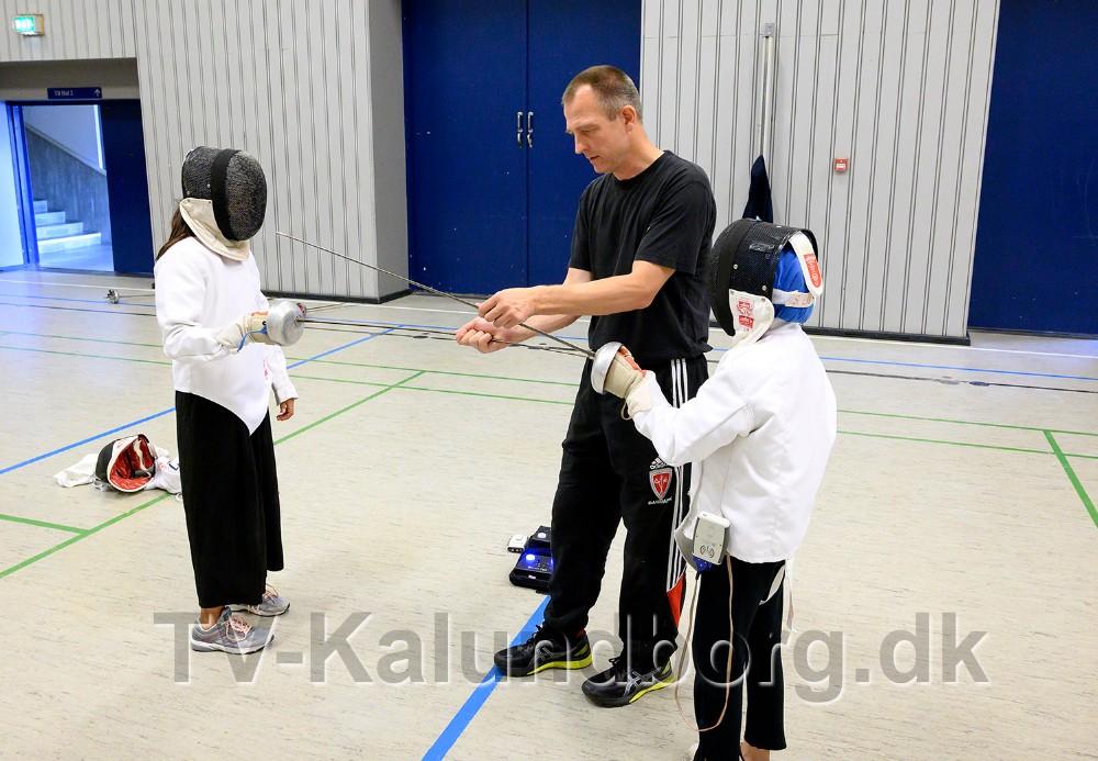 Fægteklubben var mødt op i Kalundborghallen. Foto: Jens Nielsen