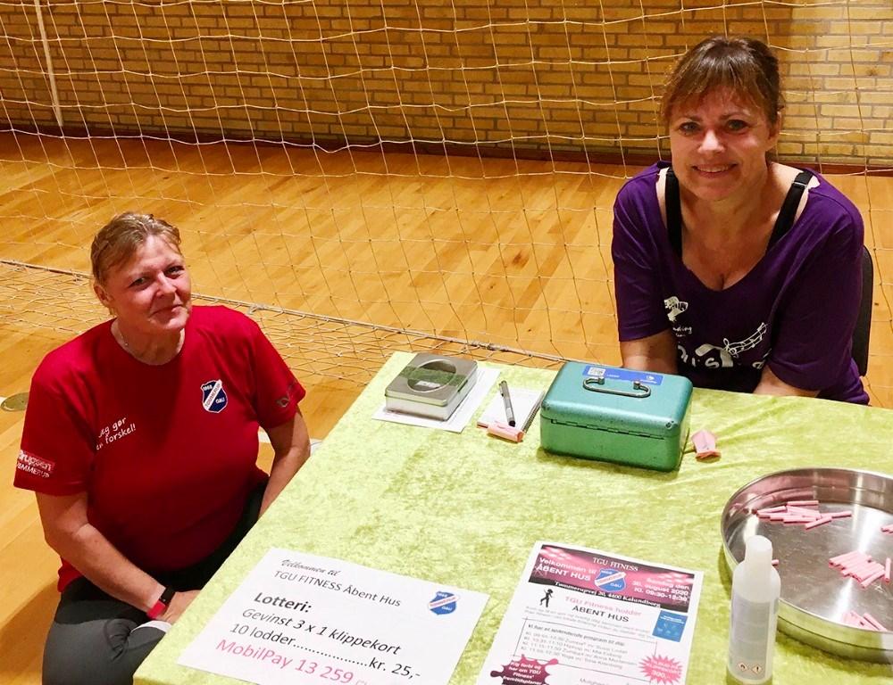 To af TGU's hjælpere Lene Dørup og Hanna Nielsen. Privatfoto