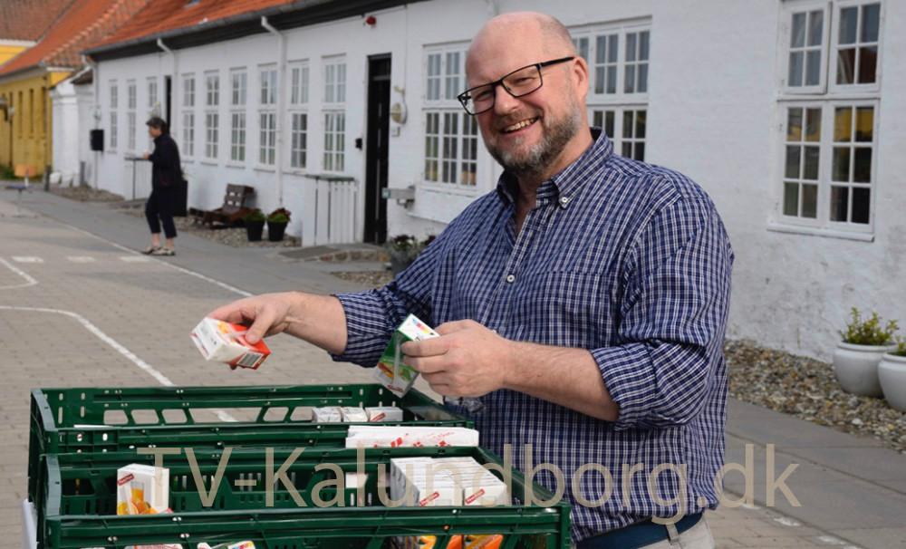 Skoleleder René Tholander er her i gang med et lidt andet projekt på Kalundborg Friskole. Arkivfoto: Gitte Korsgaard.