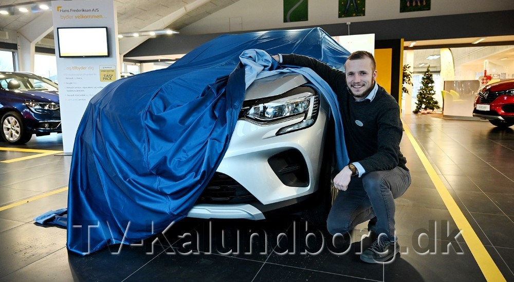 RenaultansvarligAndreas Hallas er klar til at præsentere den helt nye Renault Captur SUV. Foto: Jens Nielsen