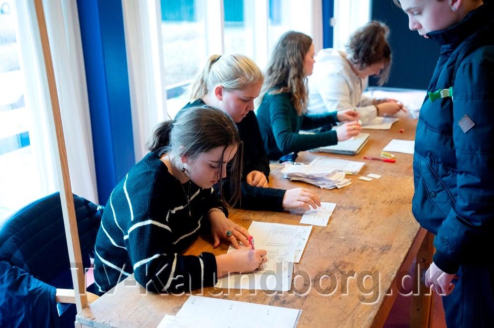 Elevrådet passede stemmebordet. Foto: Jens Nielsen
