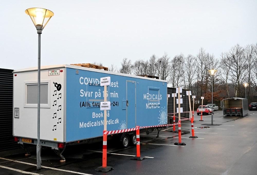 Der er mulighed for at få foretaget en kviktest på parkeringspladsen hos Meny fra mandag morgen kl. 08. Foto: Jens Nielsen