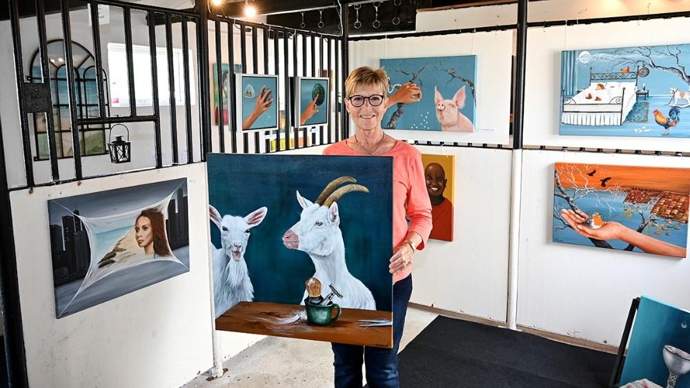 Ulla Dichmann med ´Så er den ged barberet. . Foto: Jens Nielsen