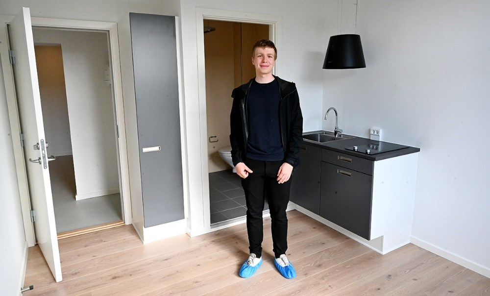 Lukas Leth fra Roskilde skal studere i Kalundborg og har fået et værelse på Kalundborgkollegiet. Foto: Jens Nielsen